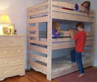 Triple Bunk  Designs on Triple Bunk Bed Plans Picture